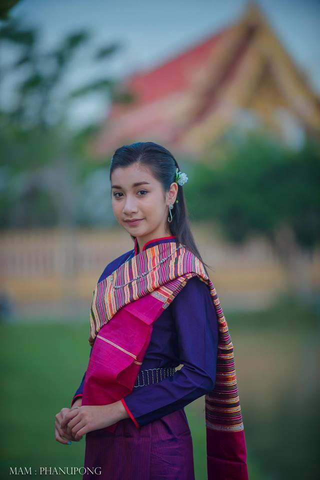 THAILAND 🇹🇭 | Isan traditional costume - ชุดอีสาน, การแต่งกายภาคอีสาน
