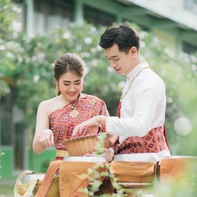 THAILAND 🇹🇭 | ชุดแต่งงานอีสาน (งานกินดอง) I-san Wedding Dress