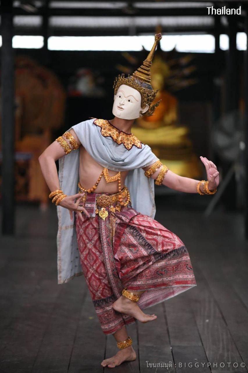 THAILAND 🇹🇭   Khon masked dance drama in Ayutthaya Era. โขนสมมุติอยุธยา (ตอนสำมนักขาหาคู่)