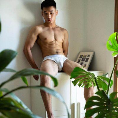 Hot men in underwear 512