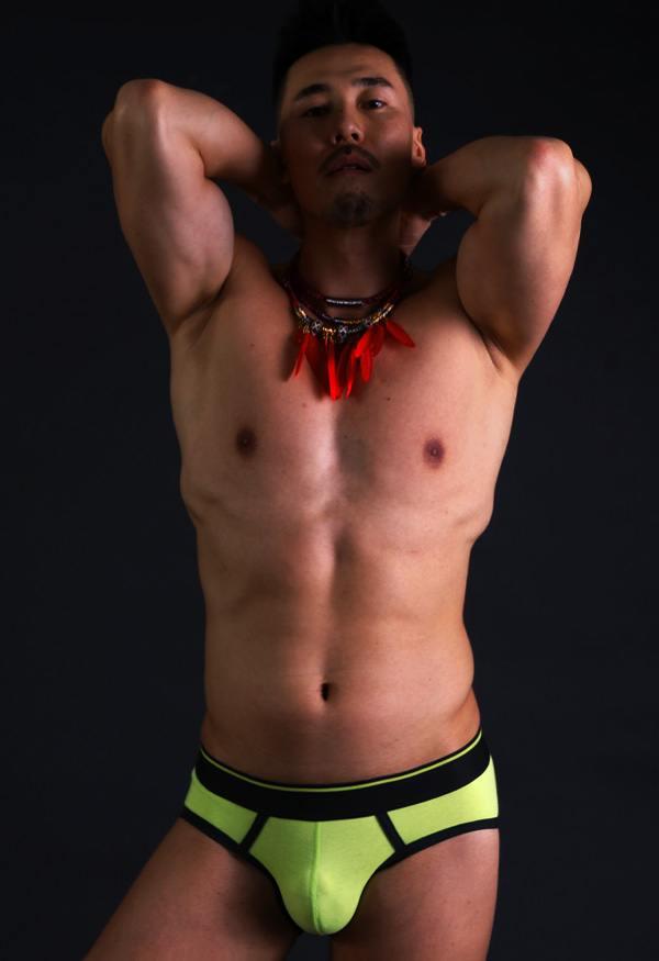 Hot men in underwear 520