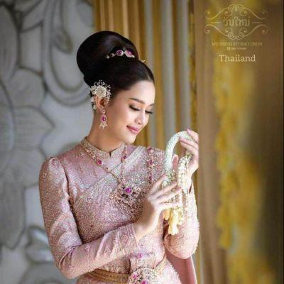 🇹🇭Thailand wedding costume.The Sbai Thai dress. ชุดแต่งงานแบบไทยไทย