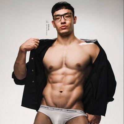 Hot men in underwear 537