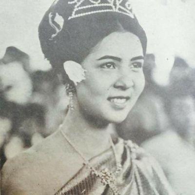 Thailand 🇹🇭 : เทพีสงกรานต์เมื่อครั้งอดีต: Sbai Thai dress : Sabi Thai costume.