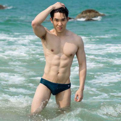 Hot men in underwear 539
