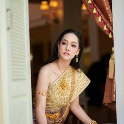 Thailand Sbai wedding dress:🇹🇭สาวสวยในชุดไทยจักรพรรดิ