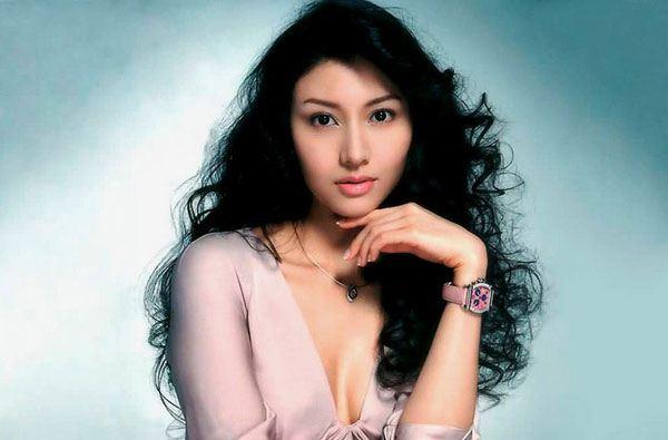 ผู้หญิงที่สวยที่สุดในฮองกง  Michele Monique Reis
