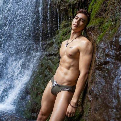 Hot men in underwear 555