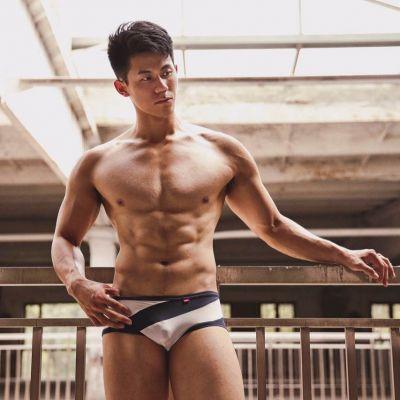 Hot men in underwear 572