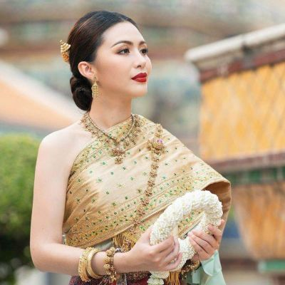 THAI DRESS, ชุดไทย: THAI NATIONAL COSTUME | THAILAND 🇹🇭