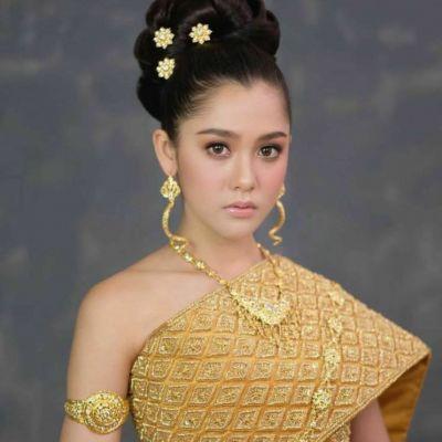 Cambodia wedding costume : ชุดแต่งงานโดยเจ้าสาวกัมพูชา: Khmer wedding dress ♥️