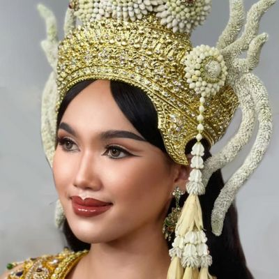 The beautiful floral jewelry on Thai apsara headdress  | THAILAND 🇹🇭 ️