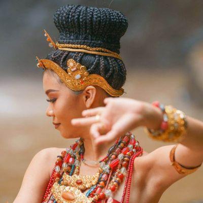 The Glory of The Dvaravati Era, Costume and Traditional Dress | THAILAND 🇹🇭