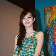 รูปปอยครับ  เห็นว่าน่ารักดี  รุปสวย  ในงานสถาปนิก ที่เมืองทองธานี