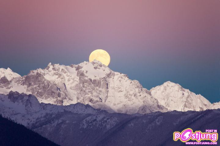 Moonset Over Mount Constance, Olympic Na