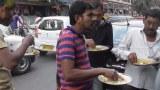 Street Food ที่อินเดีย ถือถาดแค่อันเดียว เปิบด้วยมือ เติมข้าวเติมเครื่องเคียงเติมแกงได้ไม่อั้น