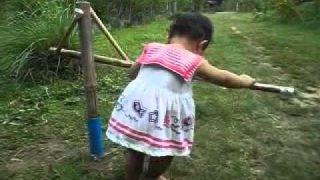 เครื่องช่วยพัฒนาการเด็กหัดเดิน..จากภูมิปัญญาชาวบ้าน